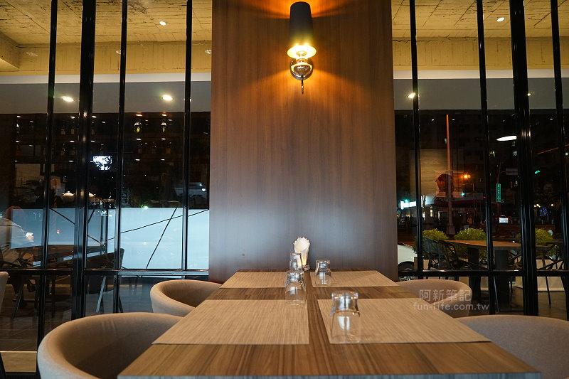 W-Restaurant-08