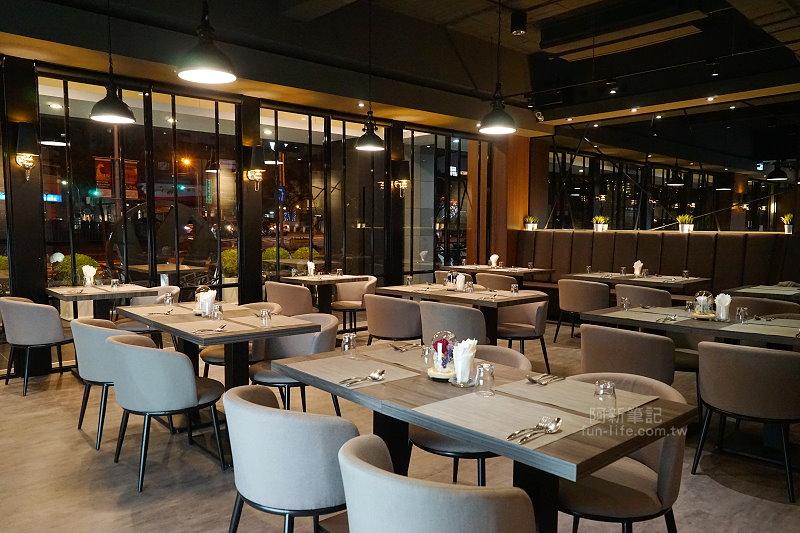 W-Restaurant-12