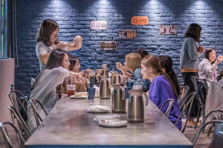 DSC06585 - 熱血採訪│台中情人節怎麼過?一中8德司創意餐館限量推出888烤全雞