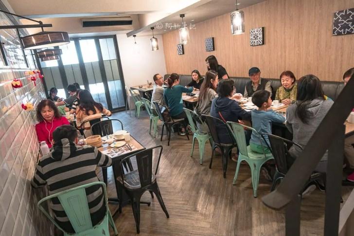 DSC03496 - 熱血採訪│公益路港式餐廳,二樓滿滿人潮好誇張,必點燒味拼盤的金苑茶餐廳