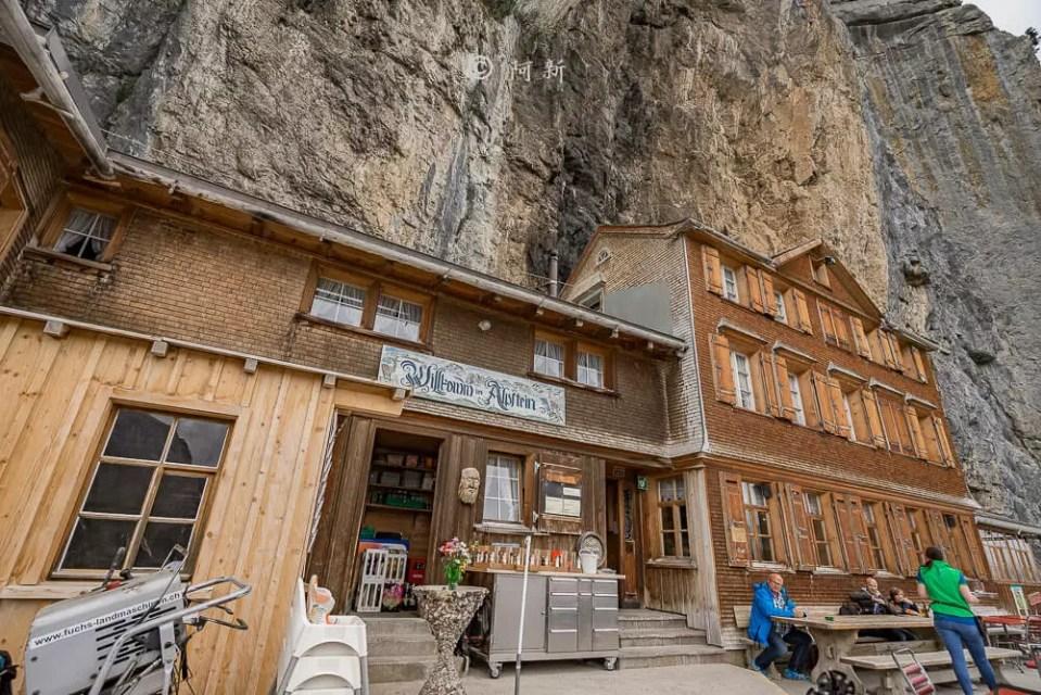 Berggasthaus Aescher,瑞士懸崖餐廳Berggasthaus Aescher Wildkirchli,瑞士懸崖餐廳,Berggasthaus Aescher Wildkirchli,瑞士山崖餐廳-45