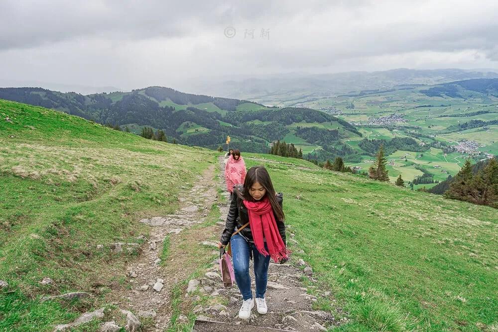 Berggasthaus Aescher,瑞士懸崖餐廳Berggasthaus Aescher Wildkirchli,瑞士懸崖餐廳,Berggasthaus Aescher Wildkirchli,瑞士山崖餐廳-71
