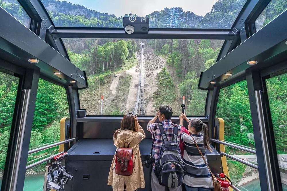 世界最陡纜車,世界最斜纜車,STOOS,Stoos Bahn Tram,Stoos Bahn