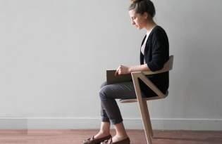 [家具設計]保持坐姿挺直的「兩腳椅」