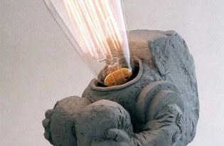 [燈飾設計]趣味宇宙人檯燈