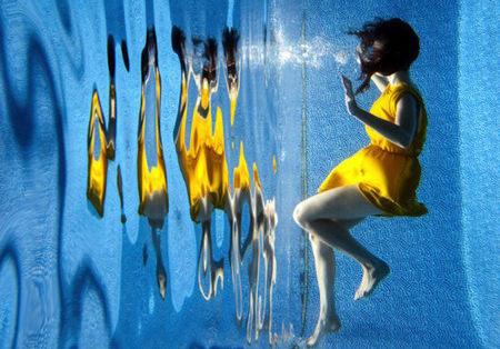 [視覺傳達]水底鏡面攝影集