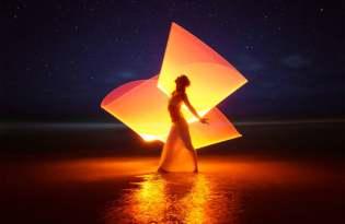 [視覺傳達]俄羅斯出品「光影塗鴉攝影藝術」