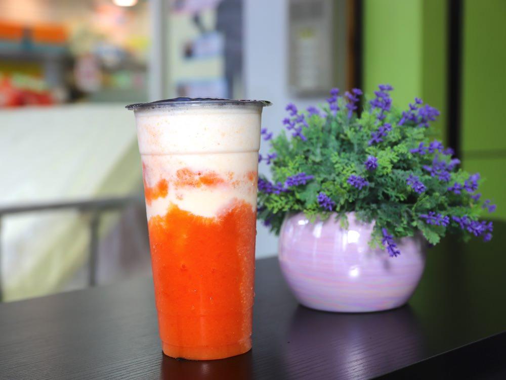 果茶鮮:台南奇美醫院後門旁的平價果汁飲料店,買飲料還能加價換生活用品,省很大!