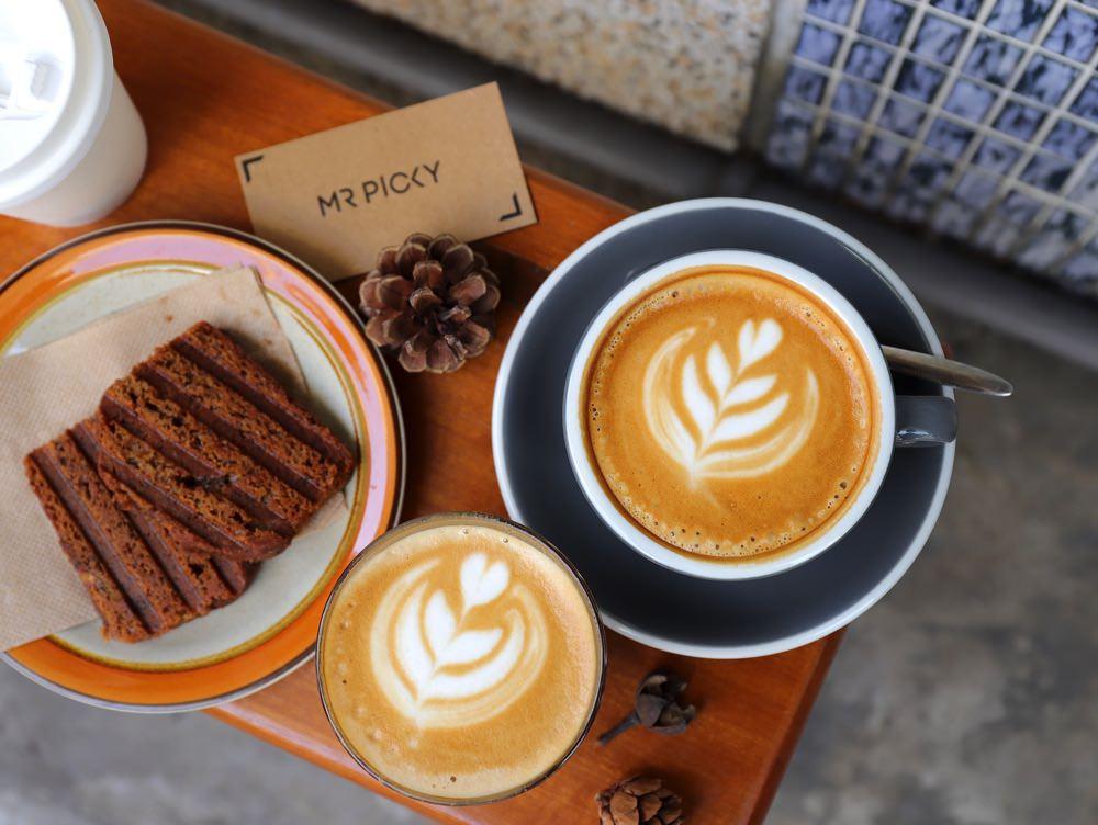 MR PICKY Roasters:在台南百年老屋前喝咖啡|隱身台南巷弄內的咖啡隨行吧,用咖啡開啟一天的活力,輕食組合超划算!