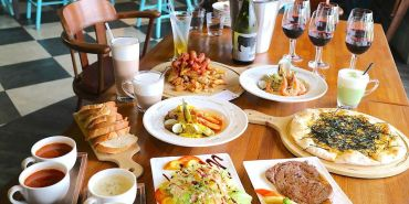 Les Petits Pots小銅鍋|隱身德安百貨的美味餐廳,歷久不衰的舒芙蕾|義大利麵,燉飯,披薩,甜點,新增酒單