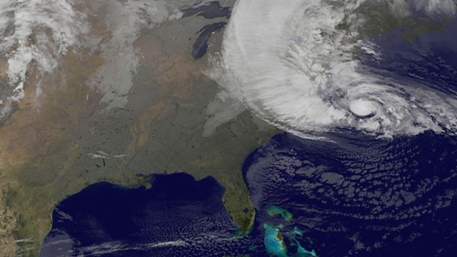 Latest Hurricane Sandy Satellite Photos and Videos (Updating Live)