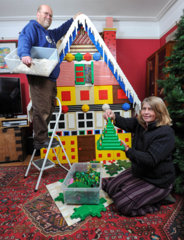 Ginormous 125,000-brick Lego gingerbread house is a Christmas miracle!