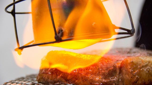 A Handheld Broiler Lets You Guarantee a Perfect Sear