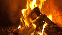 How To Build A Perfect Fire, Without Burning Down The ...