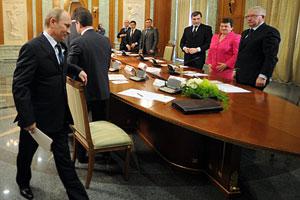 Медведев и Путин разошлись в оценке Общероссийского народного фронта