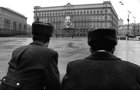 «Газета.Ru» составила список самых успешных выходцев спецслужб и вспомнила нескольких экс-сотрудников, чья карьера сложилась иначе