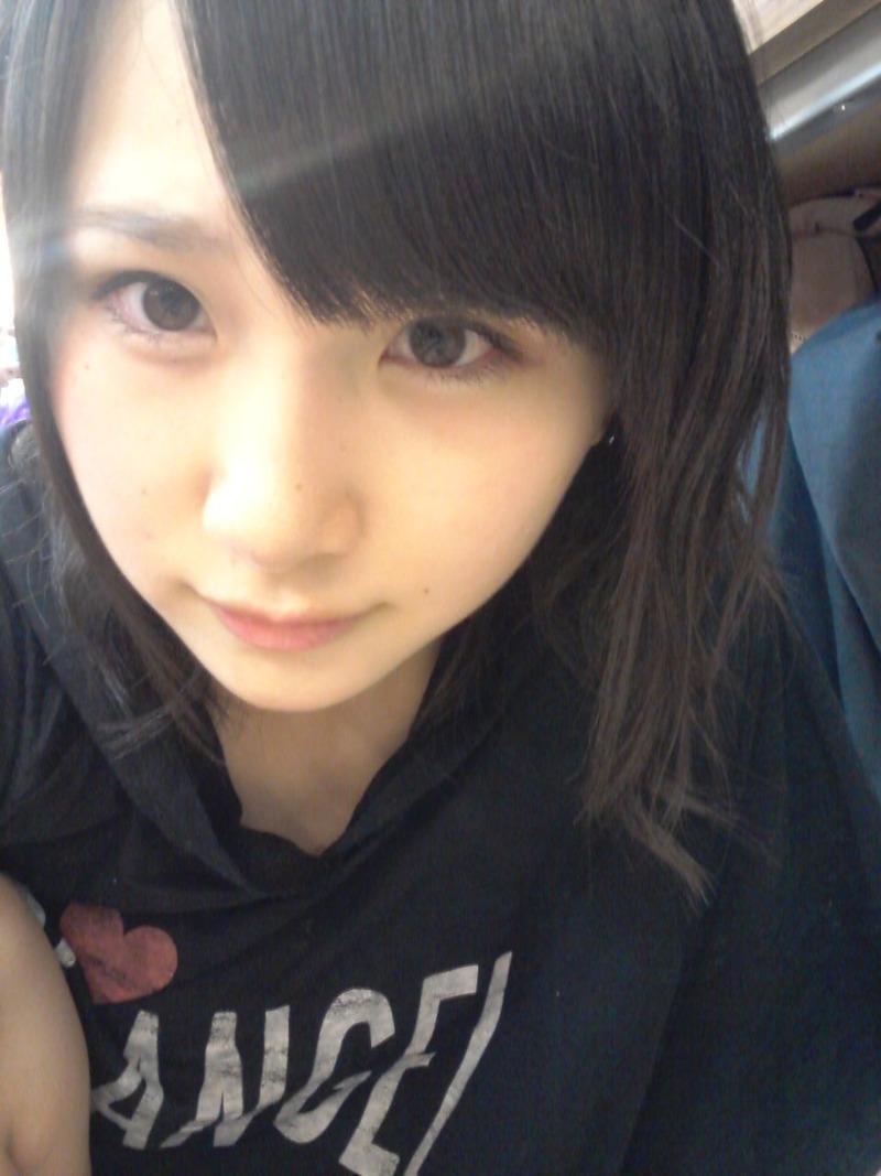 AKB高橋朱里(17)が美人過ぎる上に反則級のドスケベボディと精巣で話題に【エロ畫像】|蕓能エロチャンネル