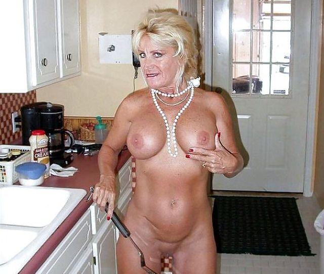 Photo 7 Blondie Busty Granny