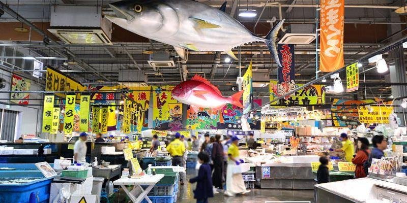 【和歌山景點】とれとれ市場toretore市場,現買現烤現吃最新鮮的海味(含交通)