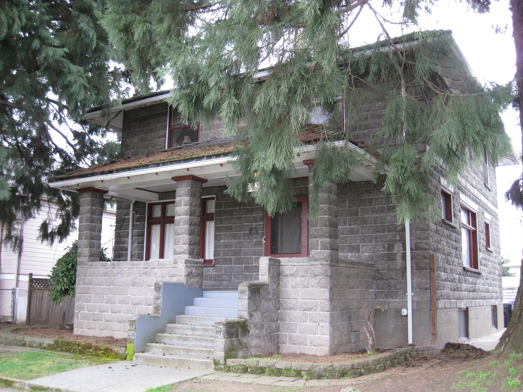 Ornamental Concrete Block House  Court StreetChemeketa Street Historic District  Salem