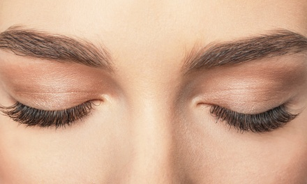 Full Set of Eyelash Extensions at Mary Beauty Salon