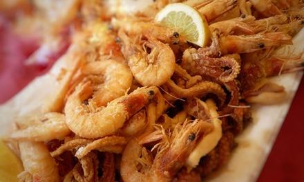 Menu di pesce con calice di vino per 2 o 4 persone al Ristorante Ikarus