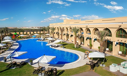 Abu Dhabi: 1 Night for a Family of Four with Breakfast or Half Board and Activities at 4* Western Hotel Madinat Zayed