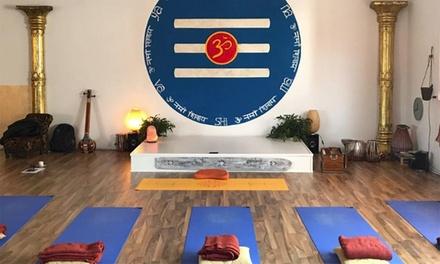 5 o 10 lezioni di yoga oppure una settimana di yoga in Oasi WWF con Shiva Yoga Temple (sconto fino a 75%)
