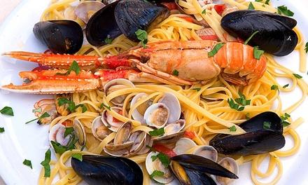 Menu di pesce da 4 portate con bottiglia di vino per 2 persone alla Pizzeria Nuova Napoli di Rovereto (sconto 52%)