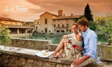 Ingresso di coppia a Le Terme di Bagno Vignoni con spa, idromassaggio e sauna romana