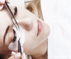 Wimpernverlängerung mit unbegrenzter Anzahl an Wimpern, optional mit Refill, bei COCONAILSPA (bis zu 72% sparen*)