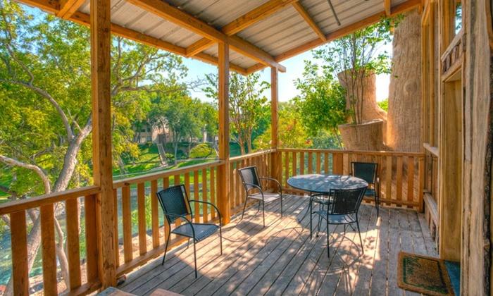 Schlitterbahn Luxury Tree Haus Suites at New Braunfels in