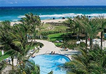 This palm beach shores resort is near singer island's golf courses, and near the boutique shops and restaurants of west palm beach. Marriott S Ocean Pointe Palm Beach Shores