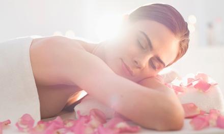 Massaggio relax da 50 minuti con olio di mandorle o di Argan al Centro Olistico Contatto (sconto fino a 60%)