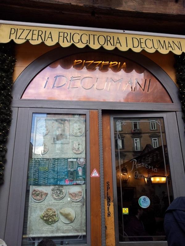 Pizzeria I Decumani a Napoli la pizza con quel qualcosa in pi