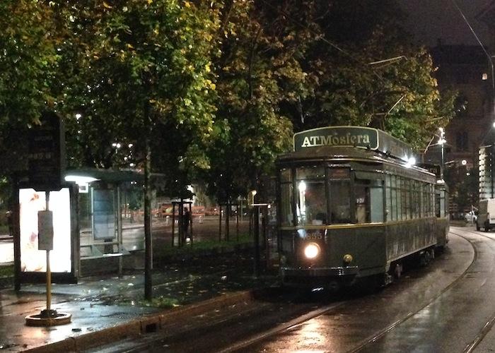 ATMosfera Milano il ristorante tram dove cenare diventa un viaggio