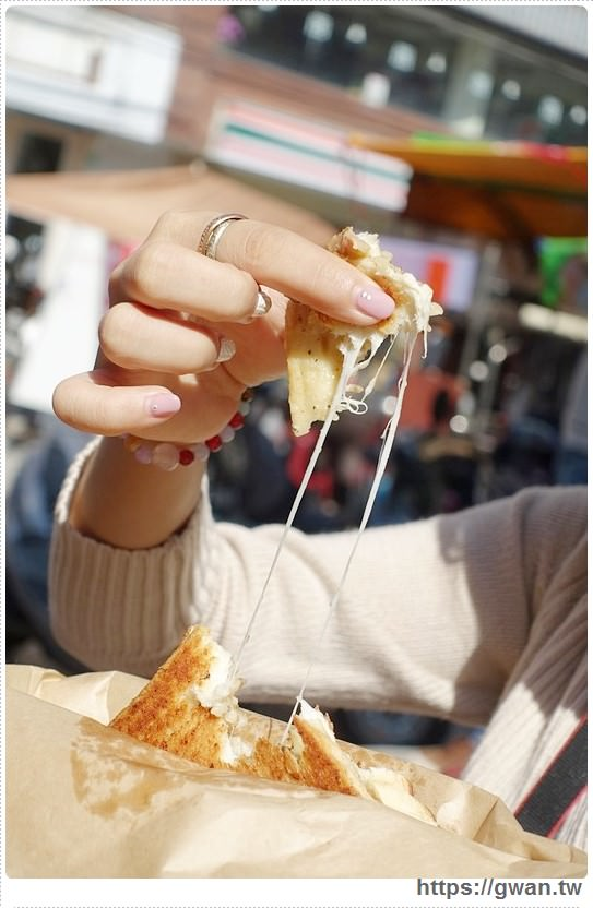 台中美食,東海美食,東海商圈美食,東別美食,吐司怪獸,吐司怪獸行動餐車,Toast Monster,台中早餐,恰吉吐司,薯蛋濃湯,爆蛋濃湯,拉絲美食,熱樂煎,A Community,創意料理,東海推薦美食-30-461-1