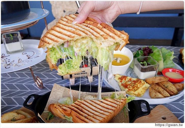 20190115230255 25 - 熱血採訪   晨光手作料理坊,早餐就能吃到巨無霸牛排可頌,平日不限時,點紅茶還可無限續杯!!