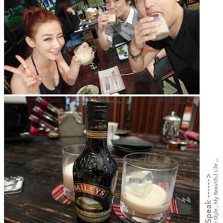 [美食]BAILEYS貝禮詩香甜酒,缺一不可的聚會好夥伴!!!