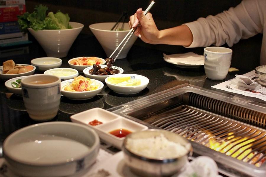 桃園韓式料理/中壢兩班家韓式碳烤,享受豪華桌邊服務只動你口不動你手