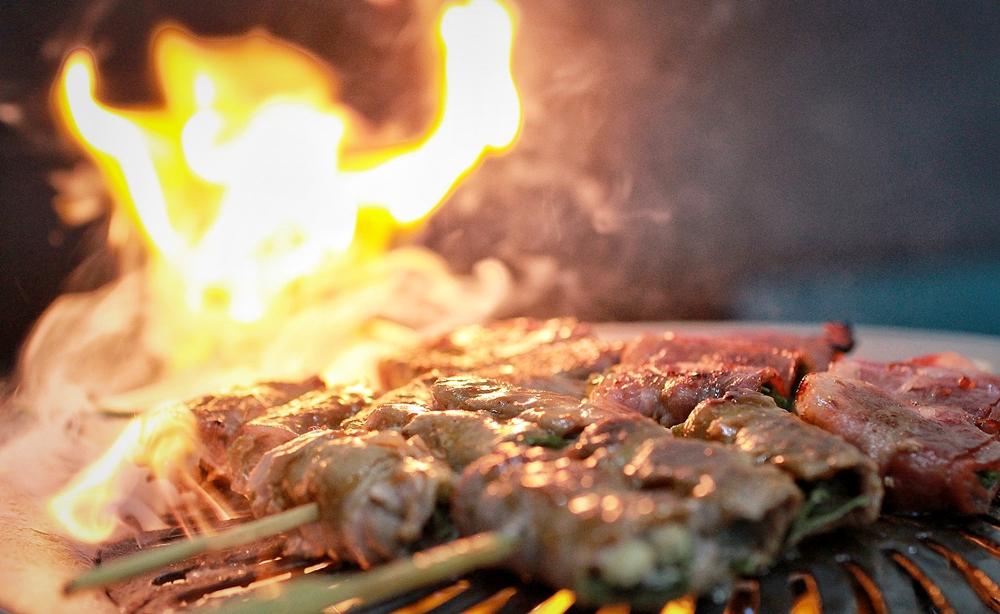 宅配美食/家樂福線上購物-夯肉盛宴烤肉組,三款不同等級揪愛夯海陸組,讓你烤肉沒煩惱!