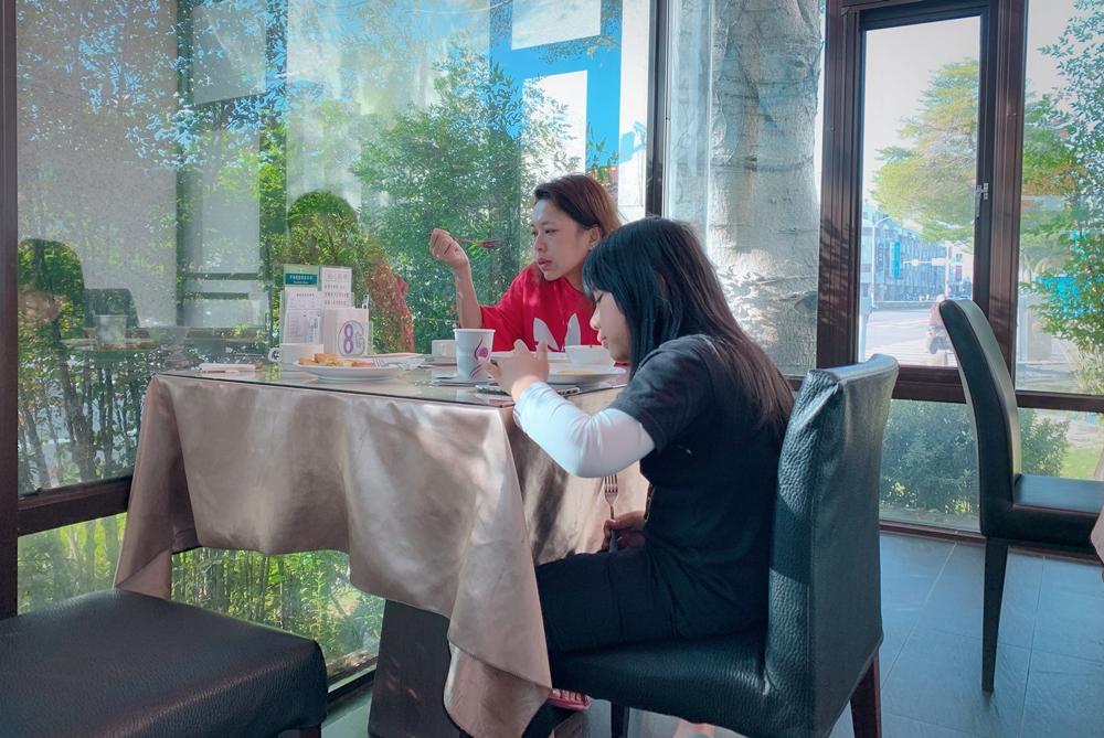 台南旅遊住宿/激點情境旅館Gmotel-台南館,住宿過個馬路就可以大逛花園夜市