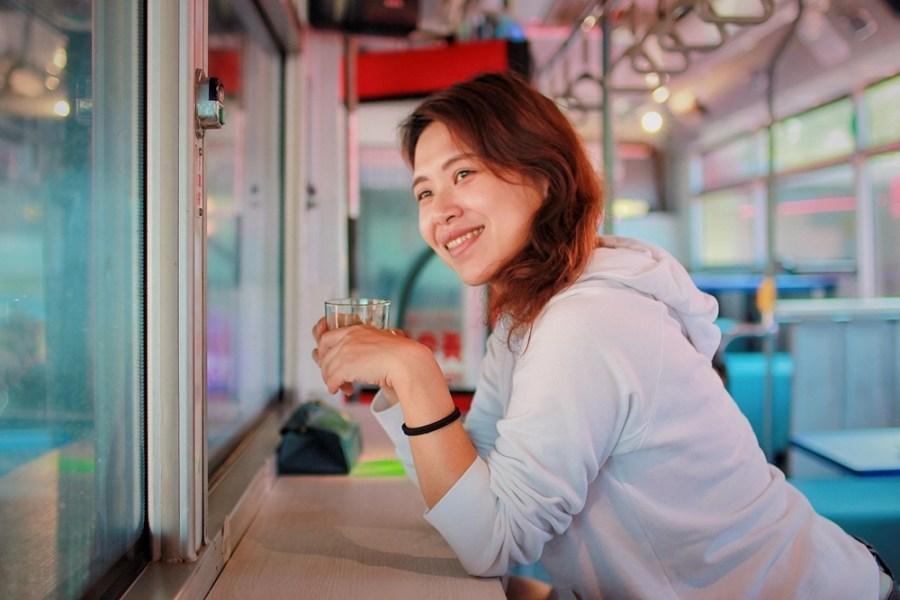 基隆景觀餐廳/外木山幸福驛站,基隆唯一的公車主題餐廳,一起坐上公車看海吧