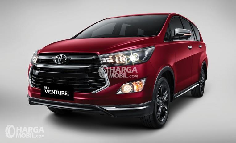 spesifikasi lengkap all new kijang innova toyota yaris trd 2017 indonesia review venturer harga dan gambar mobil berwarna merah dilihat dari bagian depan