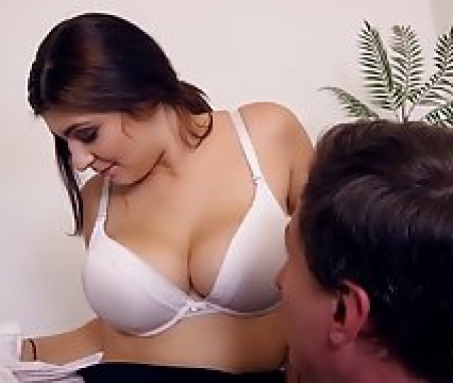 Horny Office Lady With Big Glasses Is Having Casual Sex Inst