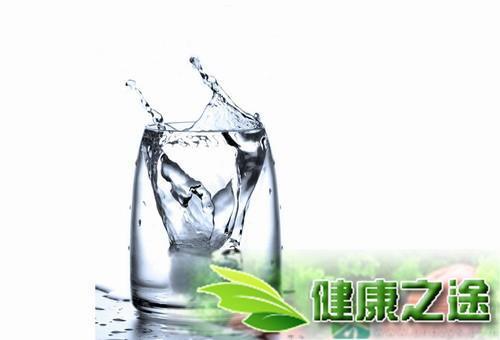 早上起來喝水的好處有哪些? - 康途健康百科