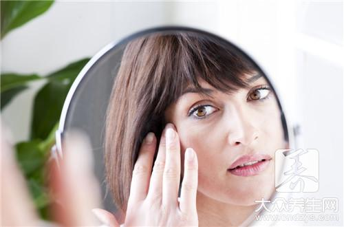 怎樣按摩去除黑眼圈。教你6個穴位按摩 - 康途健康百科