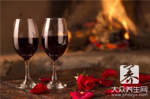 睡前喝紅酒的好處和壞處 - 康途健康百科