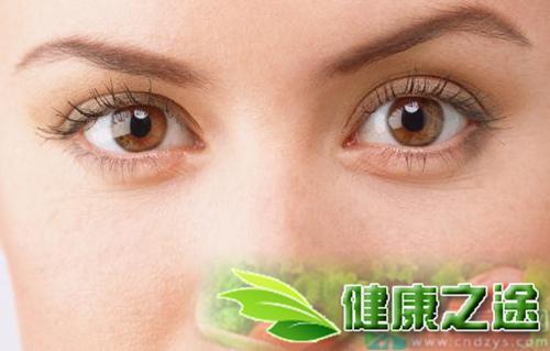 眼睛發紅發癢的治療方法 - 康途健康百科