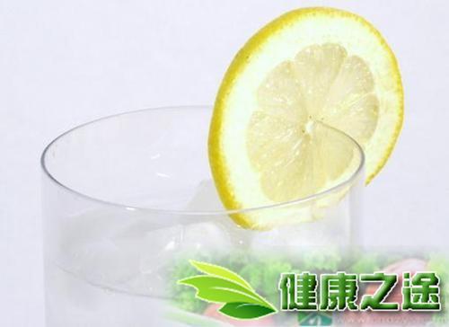 月經期喝檸檬蜂蜜水到底好嗎 - 康途健康百科